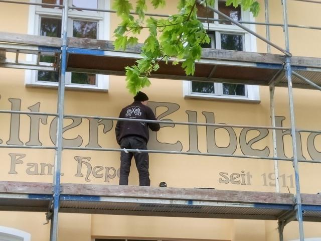 Fassadenbeschriftung im Jugendstil